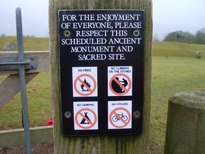 Avebury Signs.jpg